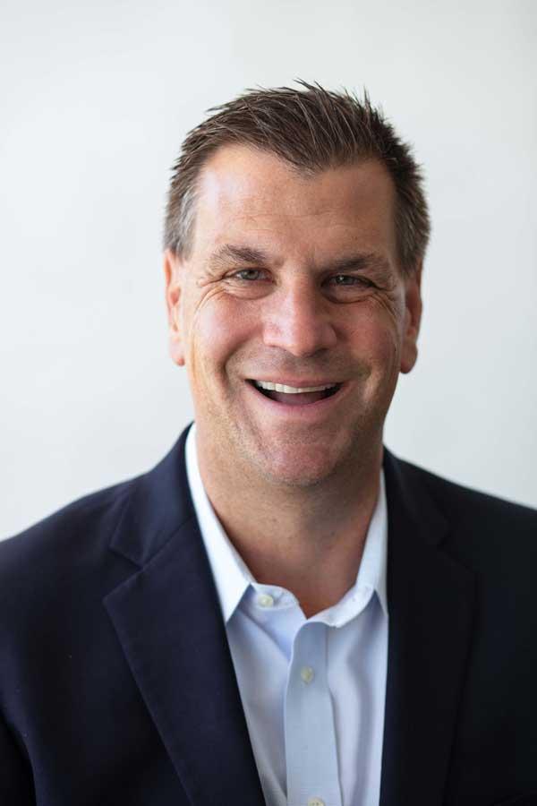 2019-Matt-Preuss-Headshot----CEO-at-The-Cutting-Edge-Landscape-Design---Los-Alamitos-California